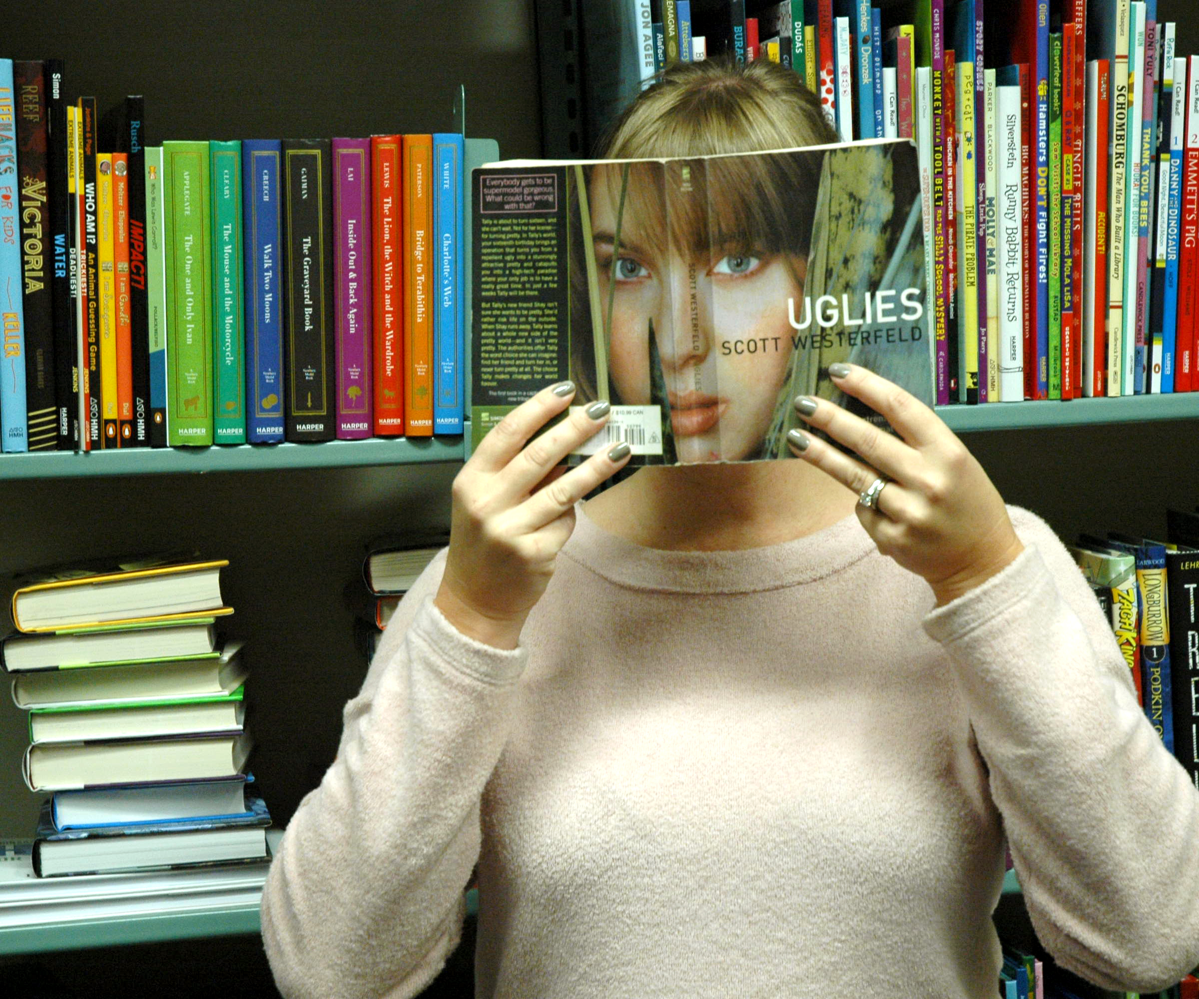BookFace: Uglies by Scott Westerfeld