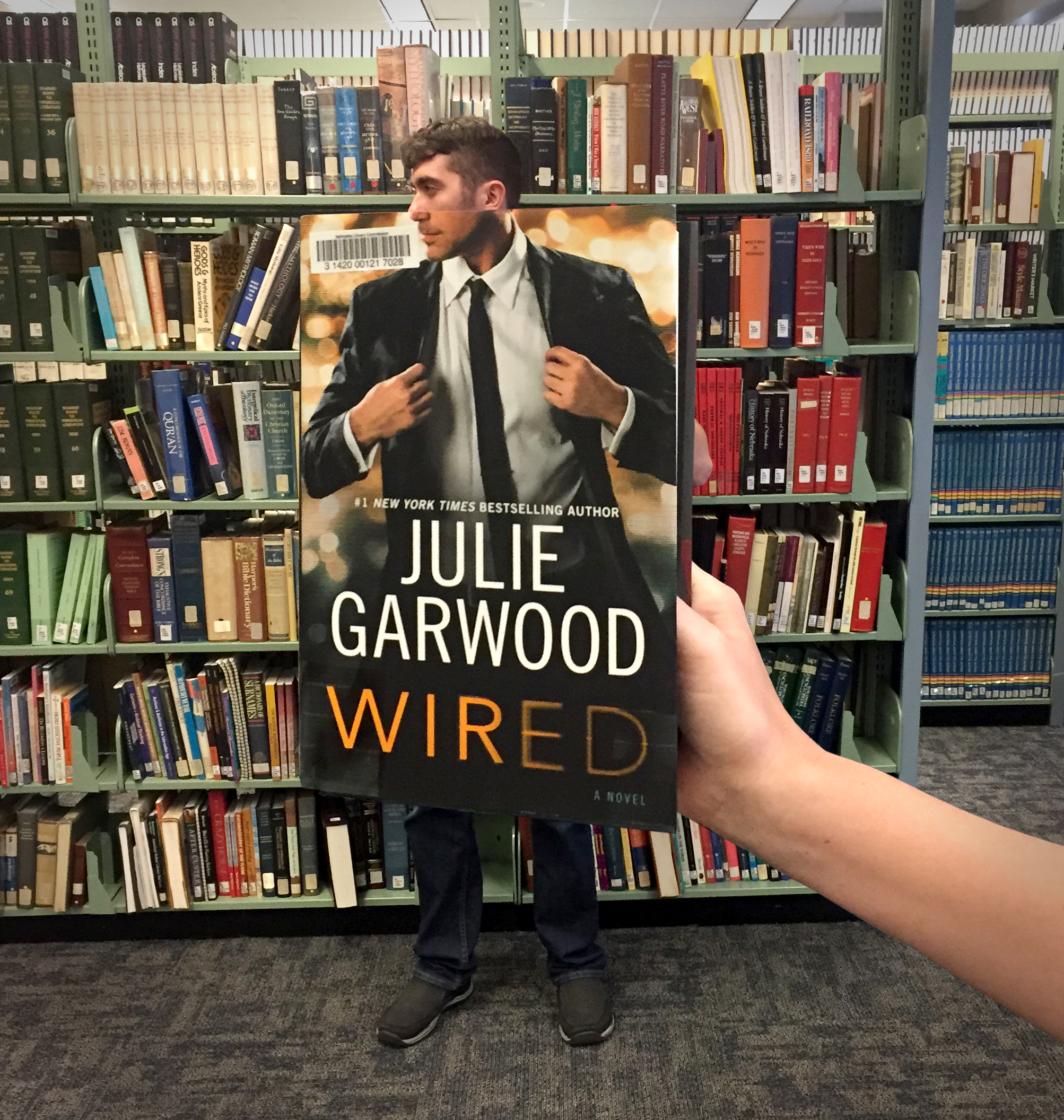 """Wired"" by Julie Garwood BookFace"